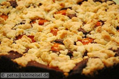 Nachgemacht: Brownies mit Aprikosen und Streuseln